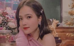 Nhật Lê vừa lộ tình mới, bạn gái tin đồn của Quang Hải cũng khoe đang hạnh phúc bên người yêu
