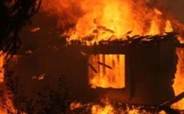 3 người chết trong ngôi nhà cháy nồng nặc mùi xăng lúc rạng sáng