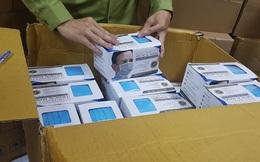 Một người gom 90.000 chiếc khẩu trang y tế chờ tăng giá