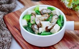 Canh rau cải quen thuộc là thế mà nấu kiểu này thì lại thành mới toanh lạ miệng!