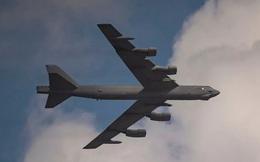"""""""Pháo đài bay"""" B-52 được Mỹ đem tới châu Phi tập trận"""