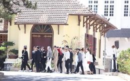 Cập nhật từ hôn lễ Tóc Tiên: Dàn khách mời đã quy tụ đông đủ, hé lộ thêm một số thông tin mới