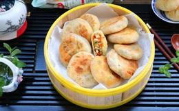 Người Trung Quốc có cách làm bánh rán mặn ngon thần sầu, học ngay công thức thôi!