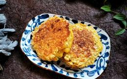 Có gói mì tôm bóc dở, tôi thử làm món bánh chiên giòn, cả nhà ai ăn cũng mê