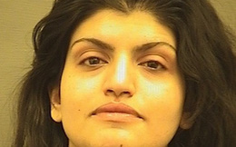 Mỹ: Cảnh sát chìm vật lộn với nữ hành khách đòi đâm chết cả máy bay