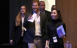 Hoàng tử nước Anh chính thức lộ diện công khai và đưa ra yêu cầu đặc biệt với mọi người: 'Hãy gọi tôi là Harry!'