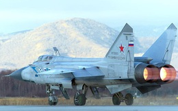 Cận cảnh màn đánh chặn của tiêm kích MiG-31 trên vùng đất bí hiểm nhất nước Nga