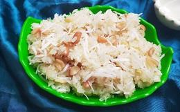 Mách các mẹ cách nấu xôi lạc dừa dẻo thơm thật dễ dàng cho cả nhà ăn sáng khỏi ra ngoài