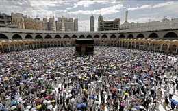 Saudi Arabia hủy lễ hành hương Umrah vì dịch bệnh