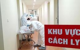 Hà Nội đảm bảo cung cấp đủ quần áo chống dịch dùng một lần
