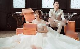 """Nhân viên studio tiết lộ sự thật việc chú rể dùng 50 thùng mì tôm cầu hôn rồi lấy chụp luôn ảnh cưới: """"Bộ ảnh cũng dính những tranh cãi"""""""