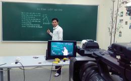 Hôm nay, học sinh lớp 9 và lớp 12 ở Hà Nội bắt đầu học trên truyền hình