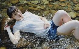 Vẽ thật như ảnh chụp, nữ họa sĩ khiến dân mạng nhốn nháo truy tìm danh tính của cô gái trong tranh