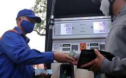 Giá dầu lao dốc, thu ngân sách không giảm nhiều