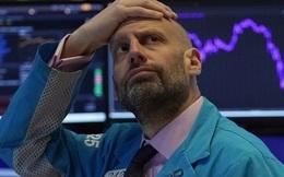 Dow Jones rớt 2.700 điểm, S&P 500 giảm hơn 11%, hệ thống ngừng giao dịch tự động lại được kích hoạt