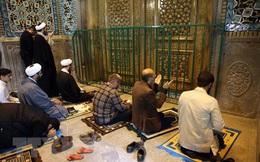 Iran vẫn tổ chức Lễ hội Hỏa giáo dù đã có 16.000 người mắc COVID-19