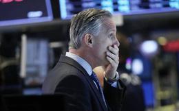 Các nước đồng loạt bơm tiền nhưng Dow Jones futures báo hiệu sẽ rơi 1.000 điểm ngay khi vào phiên, chứng khoán châu Âu cũng 'đỏ lửa'
