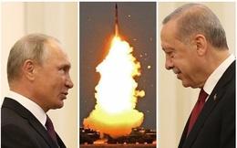"""S-400 cận kề ngày """"khai hỏa"""", Nga rục rịch """"mở tiệc mừng"""": Chỉ còn một """"quân bài"""" cuối cùng ở Syria, Mỹ làm thế nào để xoay chuyển tình thế?"""