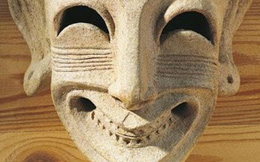 1001 thắc mắc: Chất độc cổ đại nào mang tên 'nụ cười thần chết'?