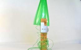 Dụng cụ đơn giản này có thể biến vỏ chai nhựa thành những sợi dây chỉ trong vài nốt nhạc