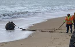 """""""Vũ khí bí ẩn"""" dạt vào bờ biển nước Mỹ"""