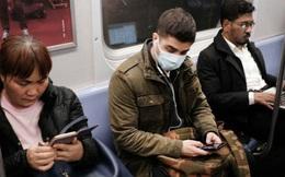 Người phương Tây xa lạ với hành vi đeo khẩu trang mỗi khi ra đường: Không tin ngăn được dịch bệnh hay do khác biệt văn hóa?