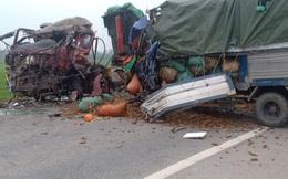 Xe tải va chạm xe đầu kéo, 2 người tử vong