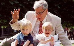 1001 thắc mắc: Ai là cha đẻ của phương pháp thụ tinh trong ống nghiệm?