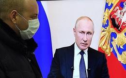 """""""Lấy của người giàu chia cho người nghèo"""": Cách ứng phó """"cơn bão"""" Covid-19 của Tổng thống Putin khiến người dân Nga thán phục"""