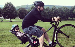 Ông bố thường chụp ảnh với con gái trong tình thế nguy hiểm bị không ít phụ huynh chỉ trích nhưng sự thật khiến ai cũng ngã ngửa