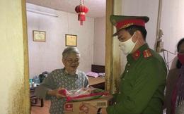 Quận Thanh Xuân: Chăm lo đời sống nhân dân góp phần phòng chống dịch Covid 19