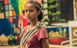 """Cô bé ăn xin bị nhiếp ảnh gia """"chụp trộm"""" trên đường phố, 4 năm sau bức ảnh ấy giúp em đổi đời, cứu cả gia đình thoát khỏi đói nghèo"""