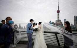 Nhu cầu kết hôn tăng vọt sau khi Vũ Hán được dỡ bỏ phong tỏa