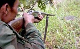 Lỡ tay bắn chết con trai vì tưởng là… lợn rừng