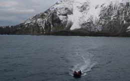 """Giải mã bí ẩn hòn đảo được mệnh danh """"nơi cô đơn nhất trên thế giới"""""""