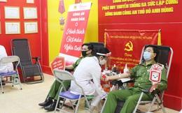 Ngời sắc đỏ chiến sỹ công an hiến máu tình nguyện vì cộng đồng
