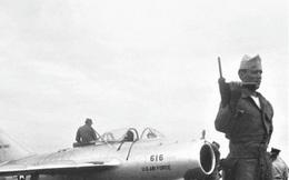 """Mỹ đã """"cuỗm"""" chiếc MiG-15 mới nhất của Liên Xô như thế nào?"""