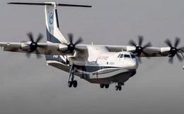 Máy bay đổ bộ lớn nhất của Trung Quốc lần đầu tiên được thử nghiệm trên biển