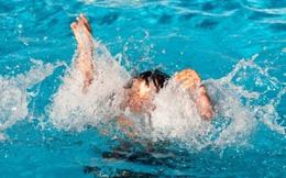 Nghệ An: Cứu sống 2 thiếu nữ bị đuối nước khi tắm biển
