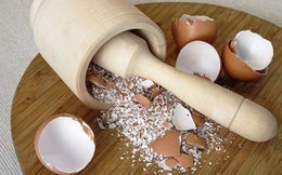 Đừng nghĩ vỏ trứng là đồ bỏ đi, mang ngay vào nhà bếp và bạn sẽ bất ngờ với những gì chúng làm được