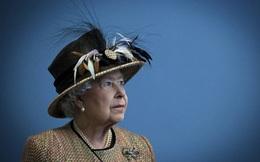 Cuộc đời Nữ hoàng Elizabeth II qua ảnh: Vị nữ vương ngồi trên ngai vàng lâu nhất trong lịch sử các vương triều của nước Anh