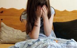 Tâm sự với gia đình khi gặp biến cố lớn, cô gái trẻ càng hoảng loạn hơn bởi 1 câu nói của anh trai và buộc phải tìm sự an ủi từ MXH