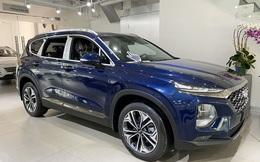 Hyundai Santa Fe lần đầu giảm giá sốc 150 triệu đồng trong cuộc đua với Mazda CX-8
