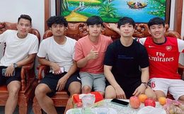 Tranh thủ thời gian rảnh, Công Phượng đến thăm nhà bạn thân Minh Vương
