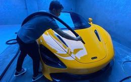 Xem doanh nhân Nguyễn Quốc Cường tự rửa siêu xe McLaren trong garage bạc tỷ, lên ảnh như nước ngoài