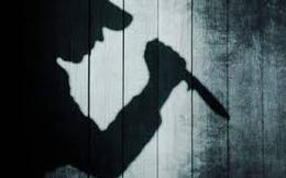 Thấy vợ bấm điện thoại, chồng nghi ngoại tình vung dao chém