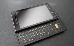 """Nhìn lại Motorola Droid: câu chuyện về sự cạnh tranh giữa các """"bạn cũ' - Motorola vs. Apple, Verizon vs. AT&T"""