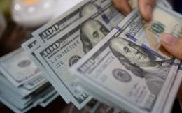 Giá USD trên 'chợ đen' và ngân hàng đồng loạt giảm mạnh