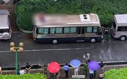 Hà Nội: Phát hiện thi thể người đàn ông trên nóc ô tô, nghi rơi từ toà nhà cao tầng