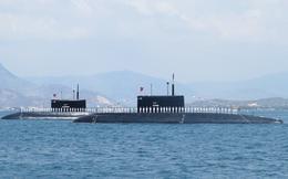 Tên lửa Tàu ngầm 182 - Hà Nội đánh trúng mục tiêu từ lòng biển Đông